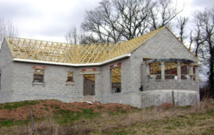 Charpente et toit maison