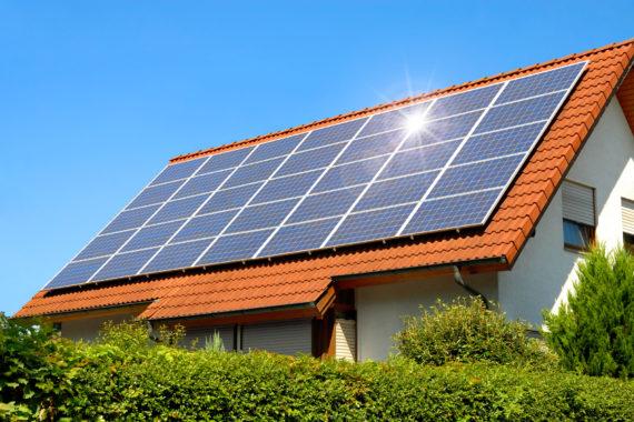 nos conseils pour installer des panneaux solaires pour votre maison neuve