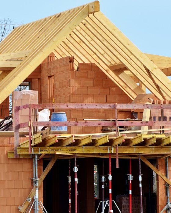 housebuilding-3370969_1280